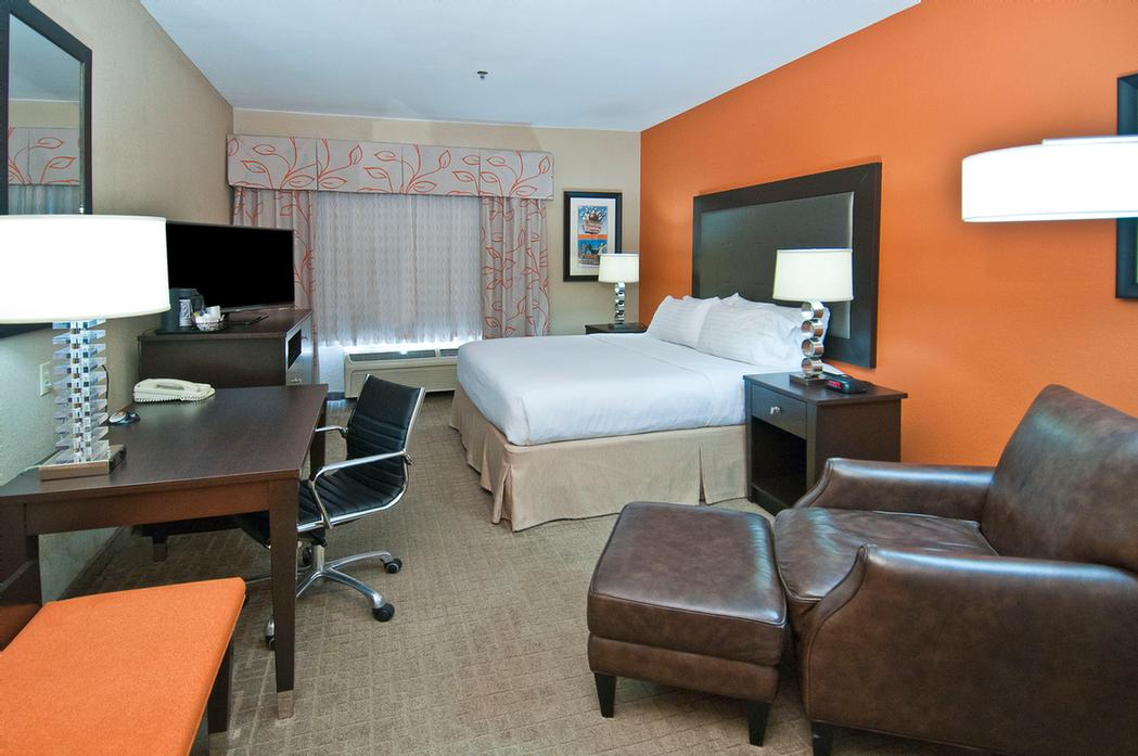 Executive King Room 12 of 18
