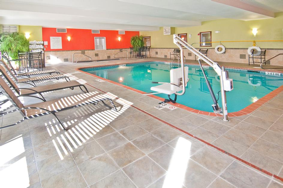 Heated Indoor Pool And Spa 5 of 18