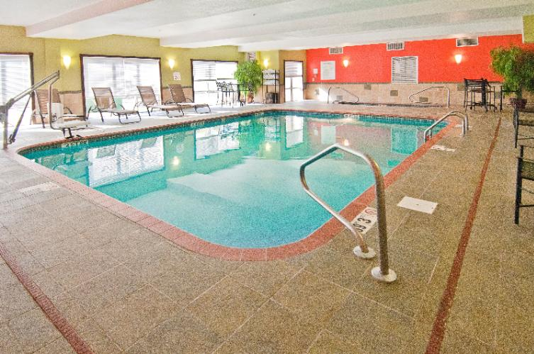 Heated Indoor Pool And Spa 6 of 18