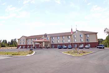 Best Western Windsor Inn & Suites 1 of 10