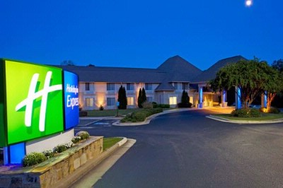 Holiday Inn Express Braselton 1 of 5