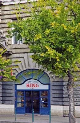 Image of City Hotel Ring
