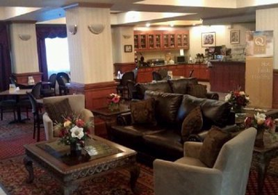 Our Comfortable Lobby 4 of 11