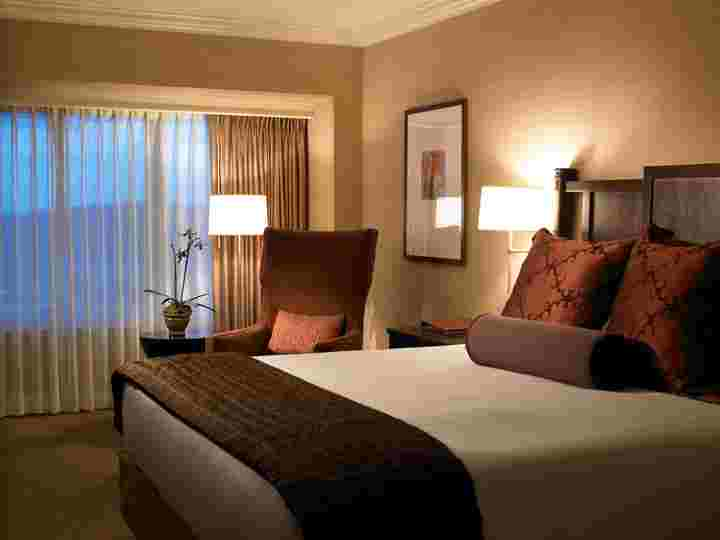 Our Newly Renovated Guestroom 4 of 8