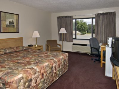 Single Guestroom 3 of 8