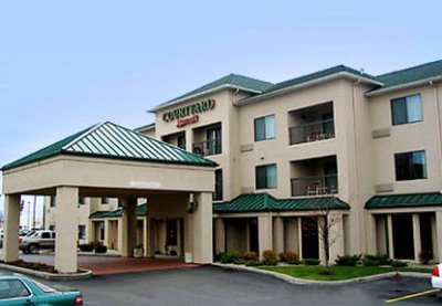 Courtyard by Marriott Dayton