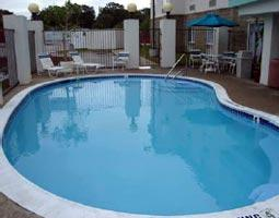 Outdoor Swimming Pool 6 of 13