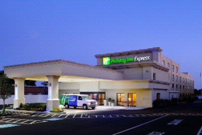 Holiday Inn Express Philadelphia Airport 1 of 5