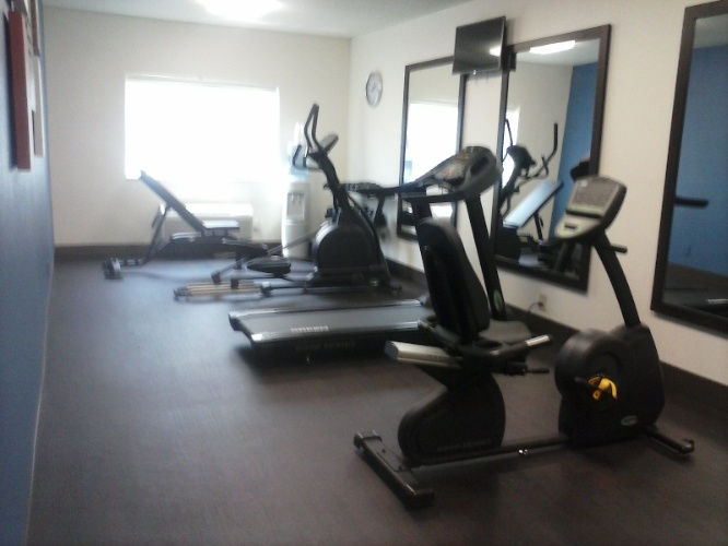 Fitness Center 6am -11pm Daily 7 of 9