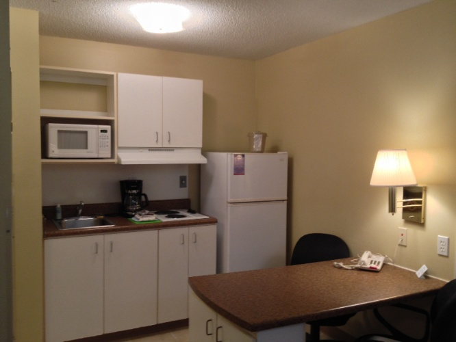 Kitchenette 4 of 4