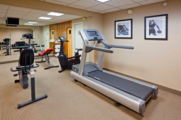 Fitness Center 11 of 27
