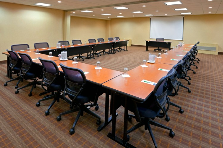 Meeting Room E-F 18 of 27