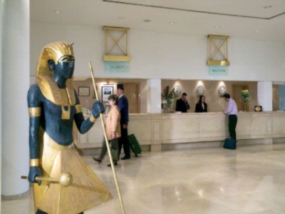 Mercure Cairo Le Sphinx Recep 5 of 7