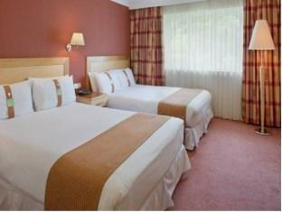 Twin Room With Two Double Beds 3 of 9