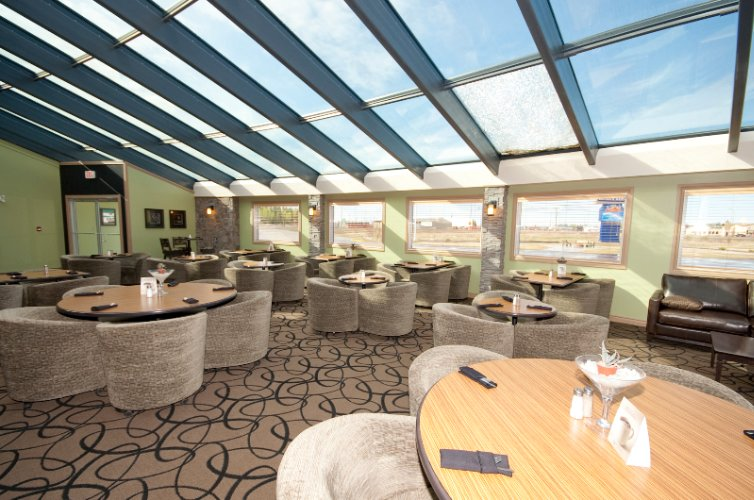Mirage Ultra Lounge 10 of 20