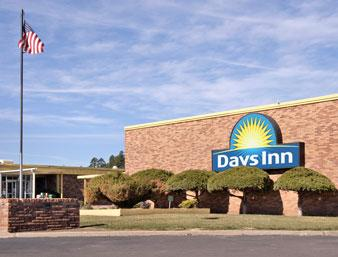 Days Inn Flagstaff West Route 66 1 of 11