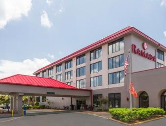 Ramada Hotel & Conference Center Lakeland 1 of 7