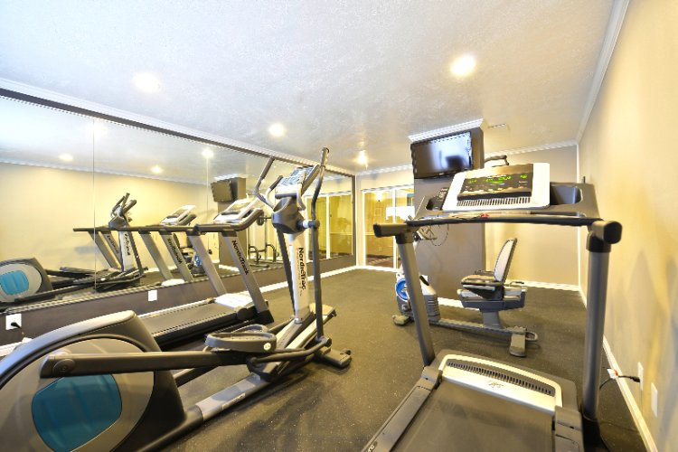 On Site Fitness Room 7 of 22