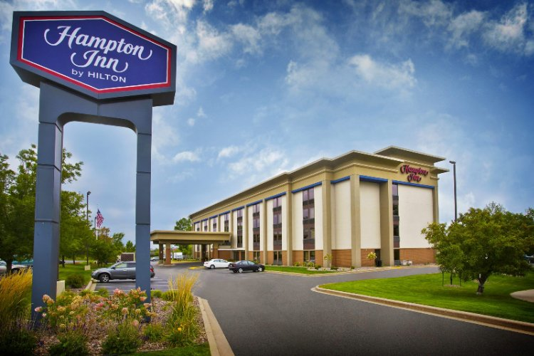 Hampton Inn Appleton 1 of 19