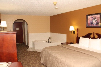 Rooms With Jacuzzi Tubs Available 3 of 3