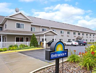 Days Inn Ames 1 of 8