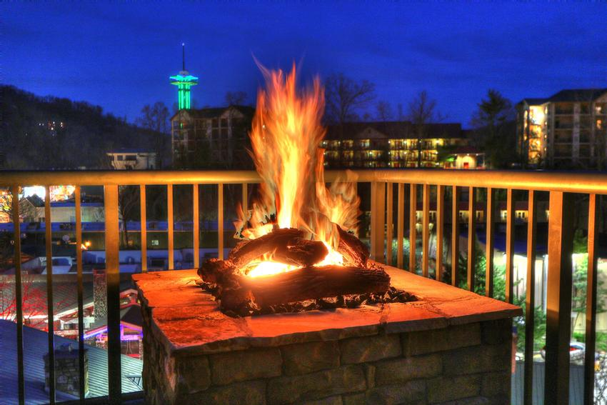 Fire Pit Balcony 3 of 12