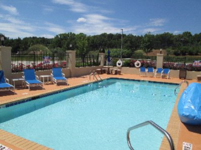 Holiday Inn Express & Suites Atlanta East Lithonia 1 of 9