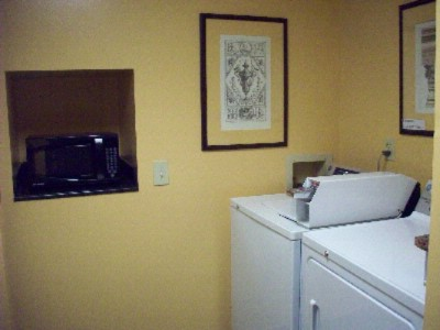 Guest Laundry Area 12 of 12