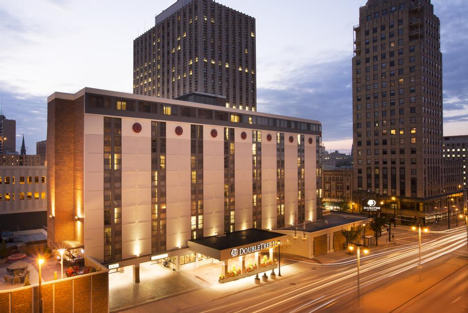 Image of Doubletree by Hilton Milwaukee Downtown