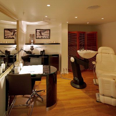 Carita Treatment Room 7 of 14