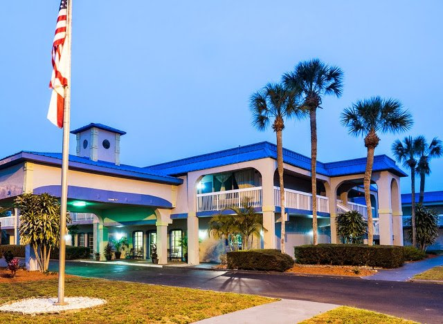 Image of Vista Inn & Suites Tampa