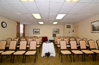 Diamond Meeting Room 9 of 20