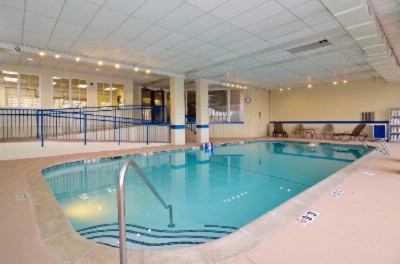 Enjoy Our Indoor Heated Pool And Spa 24/7. 7 of 20