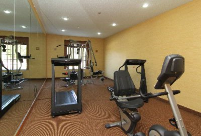 Fitness Room 16 of 30