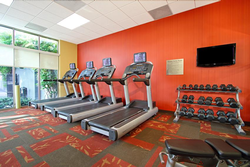 24 Hour Fitness Center 11 of 20