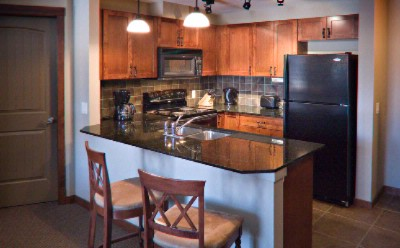 Fullly Equipped Kitchen With Amenities 4 of 14