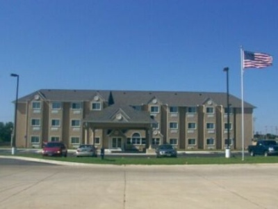 Microtel Inn & Suites by Wyndham Claremore 1 of 5