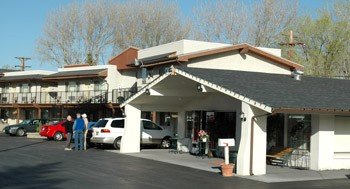 Front Of Motel 7 of 13