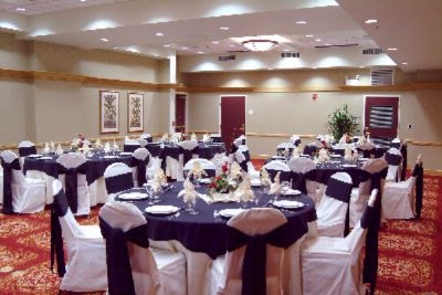 Elegant Banquet Facilities 6 of 12