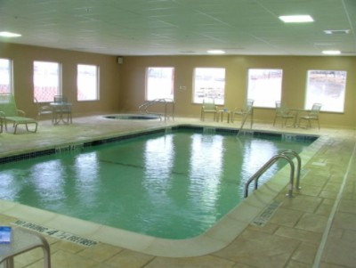 Indoor Pool & Hot Tub 4 of 11