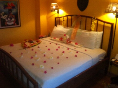 Bed Deco For Weddings 12 of 13