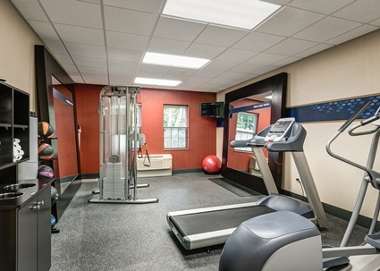 On-Site Cardio Fitness Room 11 of 12