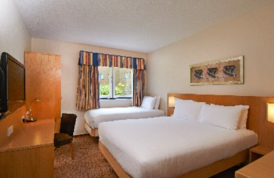 Family Hilton Guestroom Accommodates Up To 3 People 5 of 10