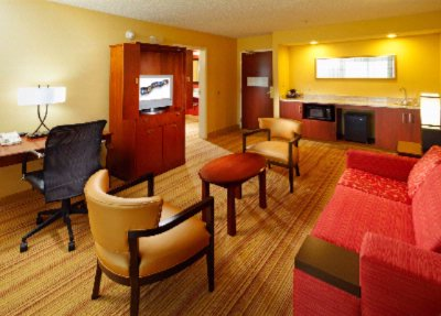 Our 2 Room Suites Provide Extra Comfort! 10 of 12