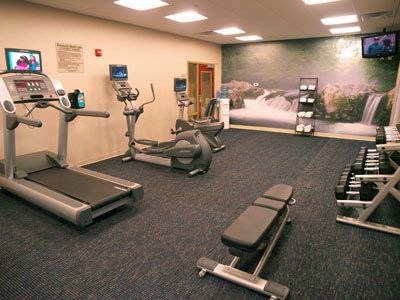 24 Hour Fitness Room 5 of 18