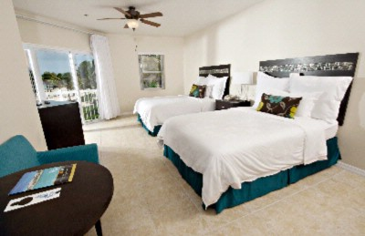Standard Guest Room-Two Double Beds 6 of 25