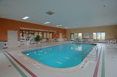 Indoor Pool 6 of 8