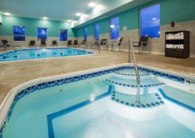 Indoor Pool & Hot Tub 10 of 13