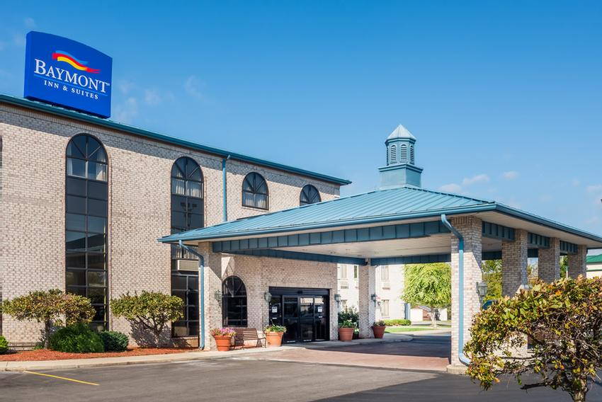 Image of Baymont Inn & Suites Indianapolis Airport