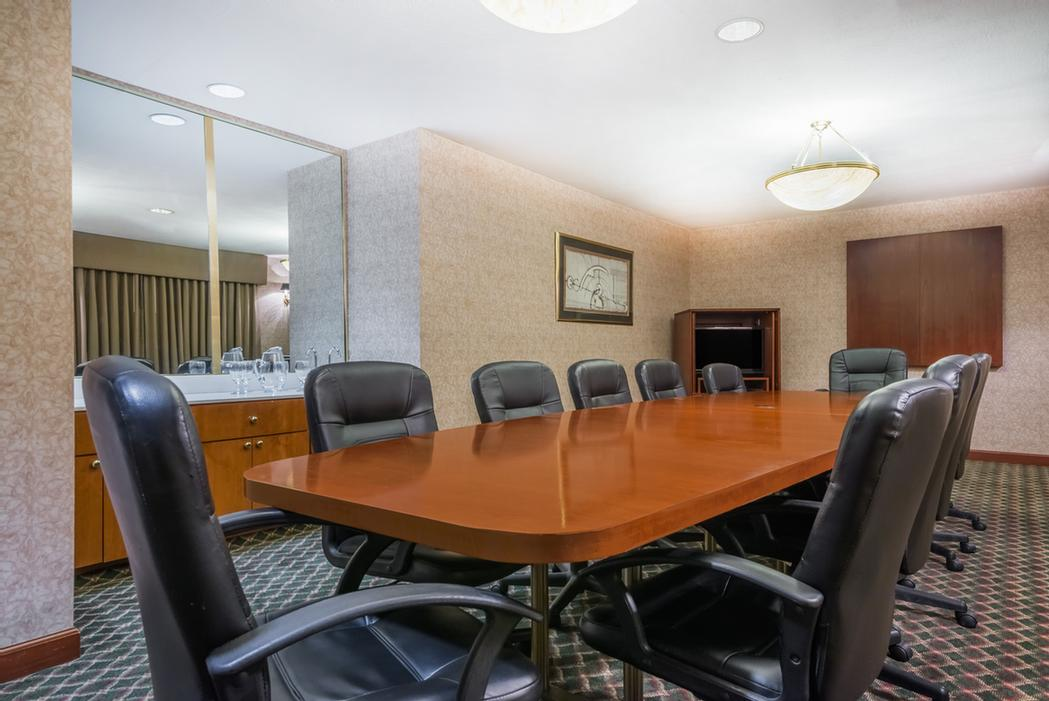 Permanent Board Room For 12 14 of 15